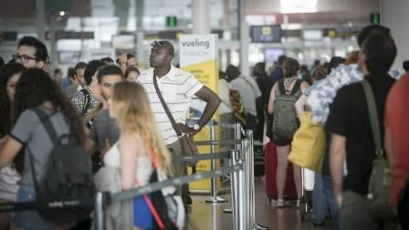 El comité de empresa de Iberia exige a la compañía que se responsabilice de la seguridad de sus trabajadores, víctimas de las agresiones de los pasajeros de Vueling