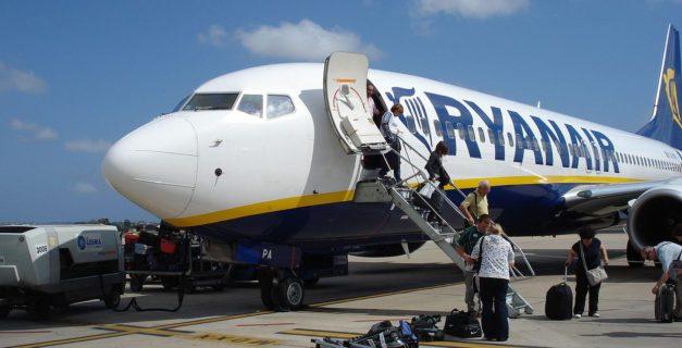 El recorte de personal y recursos en el aeropuerto de Reus provoca que no se cumplan los mínimos estándares de seguridad