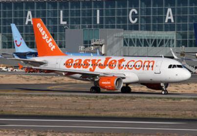 UGT rechaza de plano los despidos ejecutados en EasyJet Handling Spain y en Menzies Aviation Ibérica